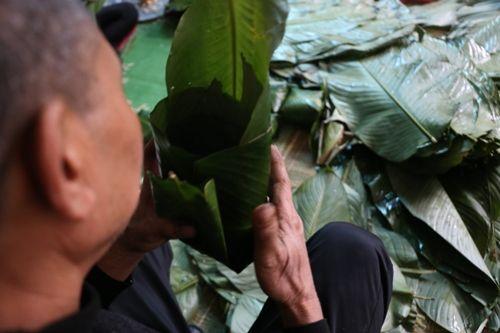 Hà Nội: Gia đình mỗi ngày gói hơn 1000 bánh chưng bán dịp Tết  - Ảnh 6