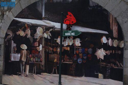 Ngắm vẻ đẹp khó cưỡng của phố bích họa Phùng Hưng vừa hoàn thiện - Ảnh 3