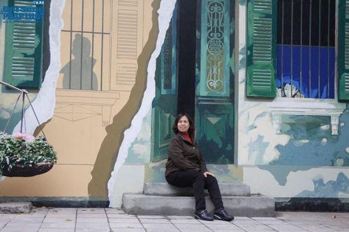 Ngắm vẻ đẹp khó cưỡng của phố bích họa Phùng Hưng vừa hoàn thiện - Ảnh 7