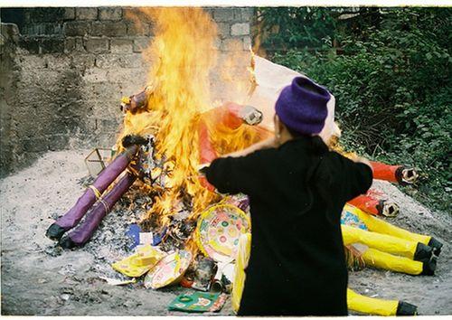 'Người Việt đang mắc phải 6 sai lầm cực lớn khi đốt vàng mã' - Ảnh 3