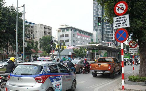 """Uber và Grab sẽ bị """"treo bánh"""" trên 11 tuyến phố ở Hà Nội - Ảnh 2"""