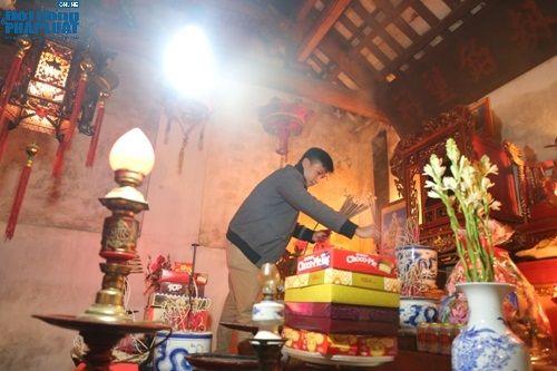 """Hà Nội: Hàng trăm người dân tham dự lễ """"Lấy Đỏ"""" đầu năm - Ảnh 10"""