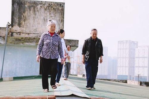 Phần 2 - Những câu chuyện ở chung cư thời hiện đại: Cư dân phải băng qua mái nhà để... xuống đất - Ảnh 4