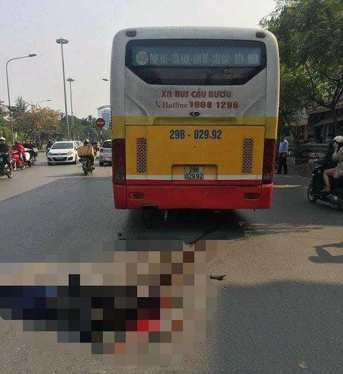 Hà Nội: Va chạm với xe buýt, người đàn ông đi xe máy tử vong tại chỗ - Ảnh 2