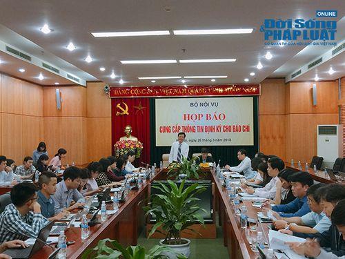 Vụ 500 giáo viên mất việc ở Đắk Lắk: Bộ Nội vụ yêu cầu xử lý nghiêm - Ảnh 1