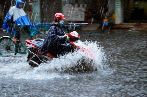 Dự báo thời tiết 10/6: Kết thúc nắng nóng, miền Bắc mưa lớn cuối tuần - Ảnh 1