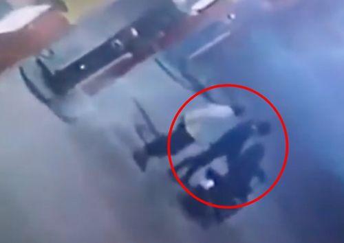 Bình Thuận: Trích xuất camera truy tìm đối tượng đánh chết nhân viên bán xăng - Ảnh 1