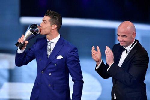 C.Ronaldo giành tới... 16 danh hiệu cá nhân trong năm 2016 - Ảnh 1