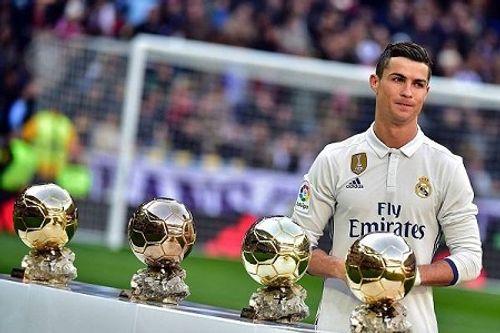 C.Ronaldo giành tới... 16 danh hiệu cá nhân trong năm 2016 - Ảnh 2