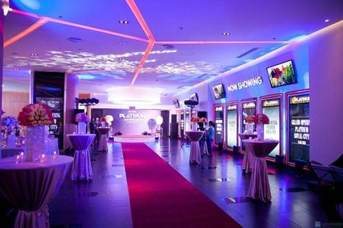 Hệ thống rạp chiếu phim lớn nhất Hà Nội phải đóng cửa từ hôm nay - Ảnh 1