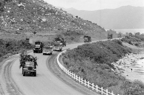 Chiến thắng vĩ đại Mùa Xuân 1975 Giải phóng miền Nam, thống nhất Tổ quốc - Ảnh 2