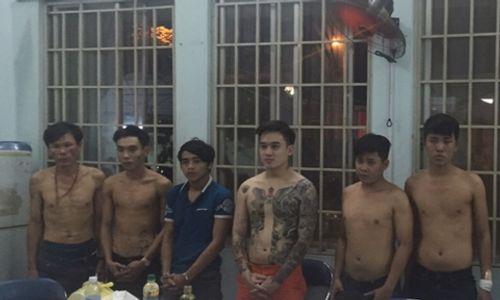 Đánh sập băng bảo kê mại dâm nam trước cổng trường ĐH Bách Khoa - Ảnh 1