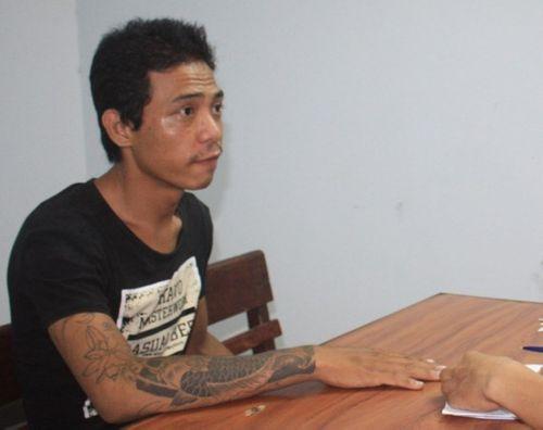 Thanh niên xăm trổ đột nhập phòng trọ, dọa giết cô gái để cướp - Ảnh 1