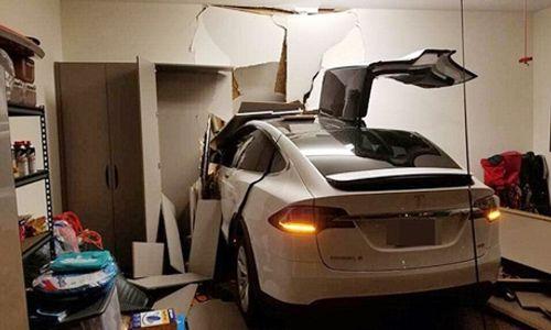 Diễn viên nổi tiếng Hàn Quốc kiện hãng Tesla vì xe mất kiểm soát - Ảnh 3