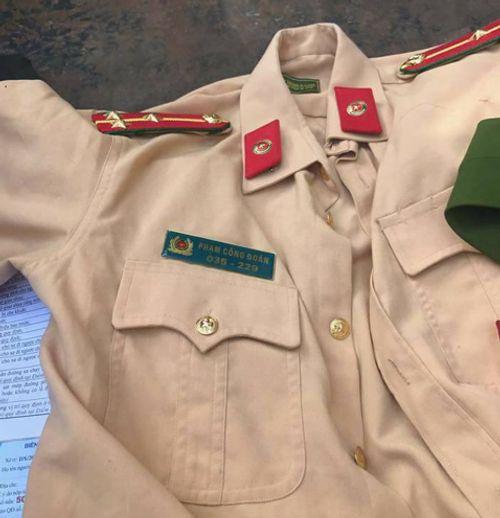 Mặc trang phục CSCĐ, xưng là Công an khi bị kiểm tra vi phạm - Ảnh 2