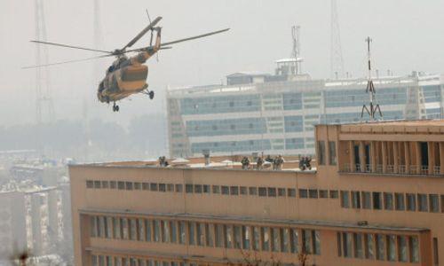 Quân y viện ở Afghanistan bị tấn công, 69 người thương vong - Ảnh 1