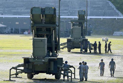 Nhật Bản ồ ạt triển khai tên lửa đánh chặn - Ảnh 1