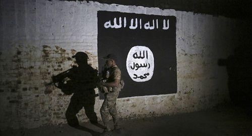 Tiết lộ 3 con đường dẫn nguồn tiền đổ về IS ở Mosul - Ảnh 1