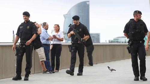 Sau vụ tấn công, Tây Ban Nha săn lùng chủ mưu khủng bố  - Ảnh 1