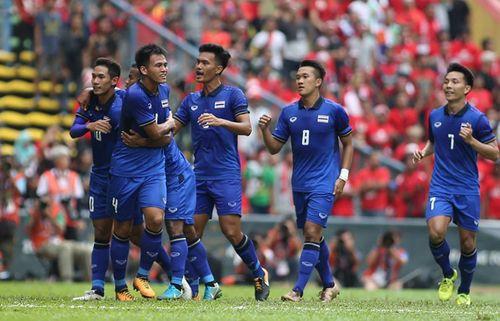 U22 Thái Lan vào chung kết bằng bàn thắng phút bù giờ - Ảnh 1
