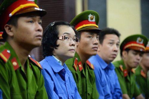 Hoãn xử vụ án Huỳnh Thị Huyền Như - Ảnh 1