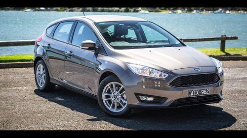 """Ford Focus giảm """"kịch sản"""" đầu năm 2018, giá chỉ còn 570 triệu đồng - Ảnh 1"""