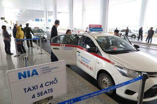 Cục Hàng không Việt Nam yêu cầu sửa quy định về niên hạn taxi - Ảnh 1
