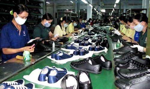 Việt Nam xuất khẩu hơn 1 tỉ đôi giày trong năm 2017 - Ảnh 1