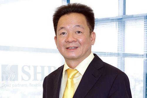 Bầu Hiển rời ghế  tập đoàn địa ốc, sang làm chủ tịch ngân hàng SHB - Ảnh 1