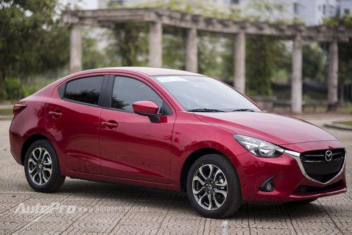 Hàng loạt mẫu xe Mazda, Kia giảm giá ngay từ đầu năm 2018 - Ảnh 1
