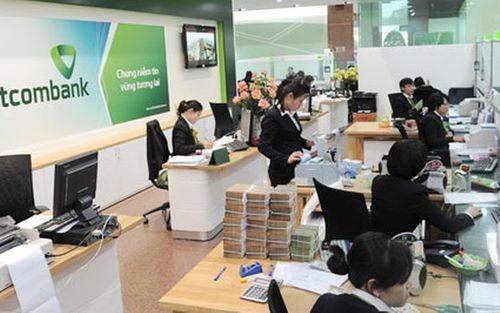 Vietcombank bán bớt cổ phiếu hàng không, thu về gần 500 tỷ đồng - Ảnh 1