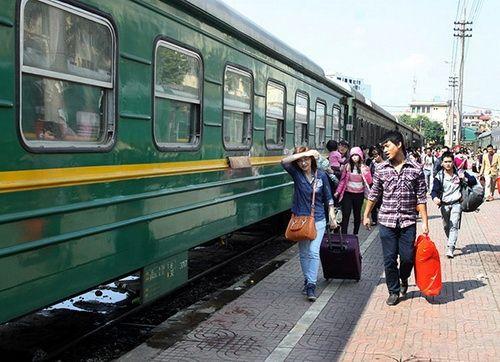 Đường sắt Hà Nội tăng cường nhiều chuyến tàu phục vụ Tết  - Ảnh 1