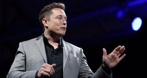 Tỉ phú Elon Musk thuộc top nhận lương thấp nhất thế giới - Ảnh 1