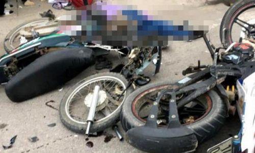 Cà Mau: Hai xe máy đấu đầu, ba người tử vong tại chỗ - Ảnh 1