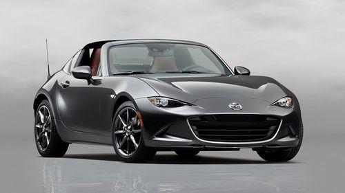 Mazda MX-5 RF giá từ 550 triệu đồng sẽ được bán rộng rãi - Ảnh 1