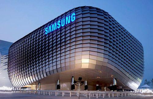 """iPhone X ế ẩm khiến Samsung bị  """"vạ lây"""" - Ảnh 1"""