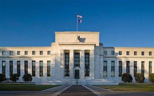 Cục Dự trữ Liên bang Mỹ có thể sẽ tăng lãi suất gấp 4 lần - Ảnh 1
