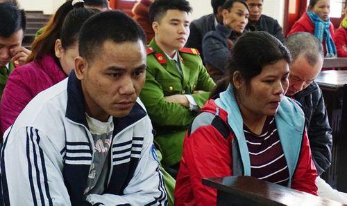 Vì 80 triệu đồng, hai vợ chồng nhẫn tâm bán cả cháu ruột sang Trung Quốc - Ảnh 1