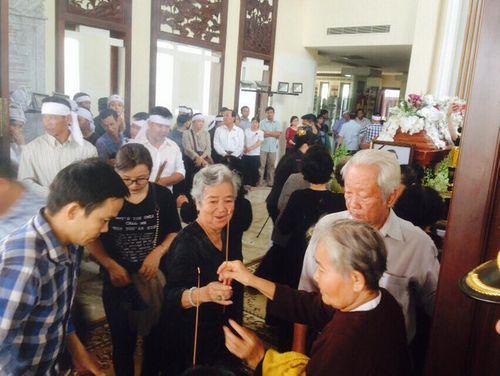 Lễ tang bình dị của nguyên Thủ tướng Phan Văn Khải tại tư gia - Ảnh 3