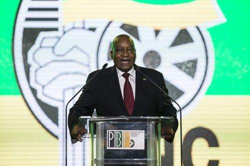 Cựu Tổng thống Nam Phi sẽ bị khởi tố liên quan đến 873 khoản tiền mờ ám - Ảnh 1