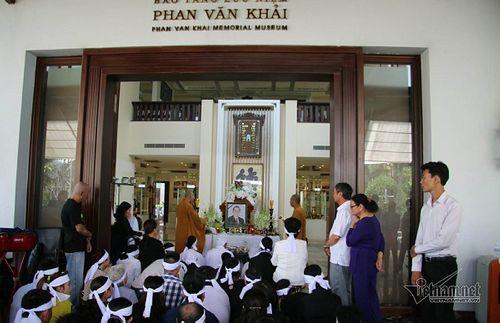 Lễ tang bình dị của nguyên Thủ tướng Phan Văn Khải tại tư gia - Ảnh 1