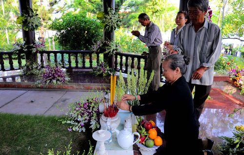 Nơi yên nghỉ bên cạnh vợ của nguyên Thủ tướng Phan Văn Khải tại tư gia - Ảnh 6