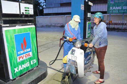 Bộ Công Thương sẽ gỡ khó cho doanh nghiệp ngần ngại không bán xăng E5 - Ảnh 1