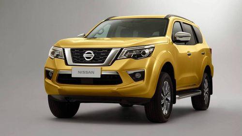 """Nissan Terra 2018 lộ diện, chuẩn bị """"tuyên chiến"""" với Toyota Fortuner  - Ảnh 1"""