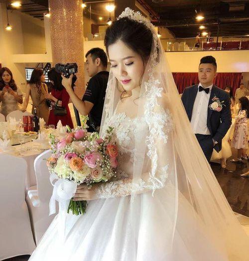 """Đại gia Quảng Ninh """"chi mạnh"""" mời Tuấn Ngọc, Khắc Việt tới hát đám cưới con - Ảnh 1"""