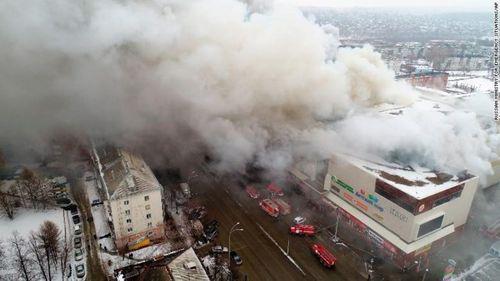 Nga: Hỏa hoạn kinh hoàng tại trung tâm thương mại, ít nhất 37 người thiệt mạng - Ảnh 1