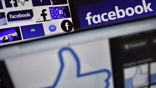 Ông chủ Facebook mua hàng loạt quảng cáo báo giấy để xin lỗi - Ảnh 1