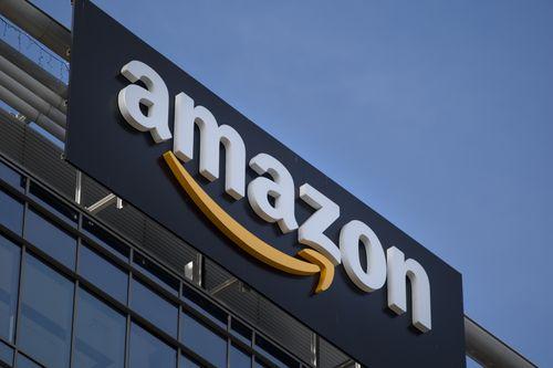 """Amazon mất gần 54 tỷ USD vốn hóa sau """"lời đe dọa"""" của Tổng thống Trump - Ảnh 1"""