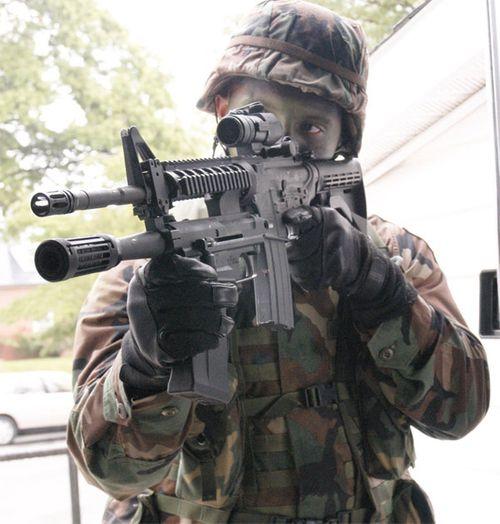 Mãn nhãn với một số loại súng trang bị cho lính lục quân Mỹ  - Ảnh 6
