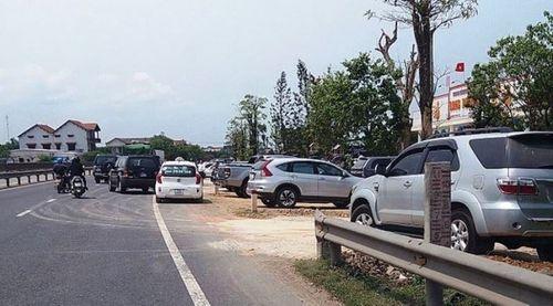 Thừa Thiên – Huế: Xác minh vụ hàng loạt xe công đi ăn cưới  - Ảnh 1
